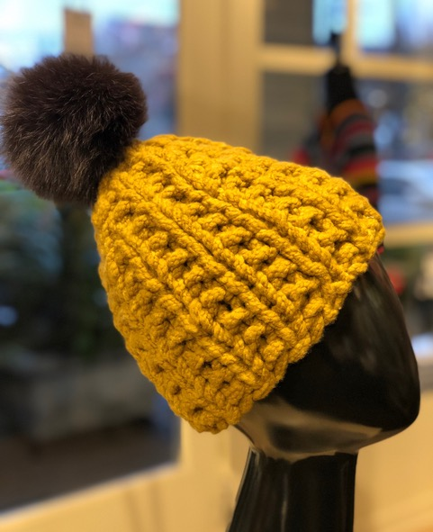 Ribbed Boucle Hat
